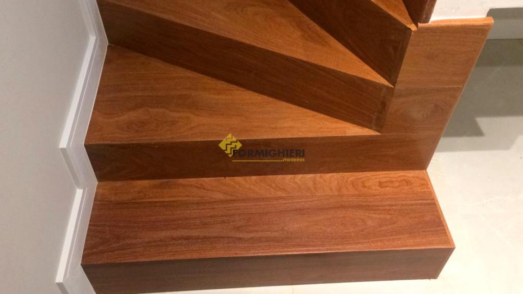 Escada Cumarú
