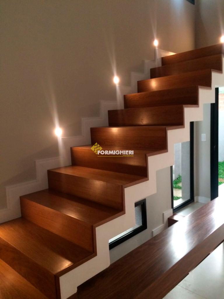Escada Cumarú 4