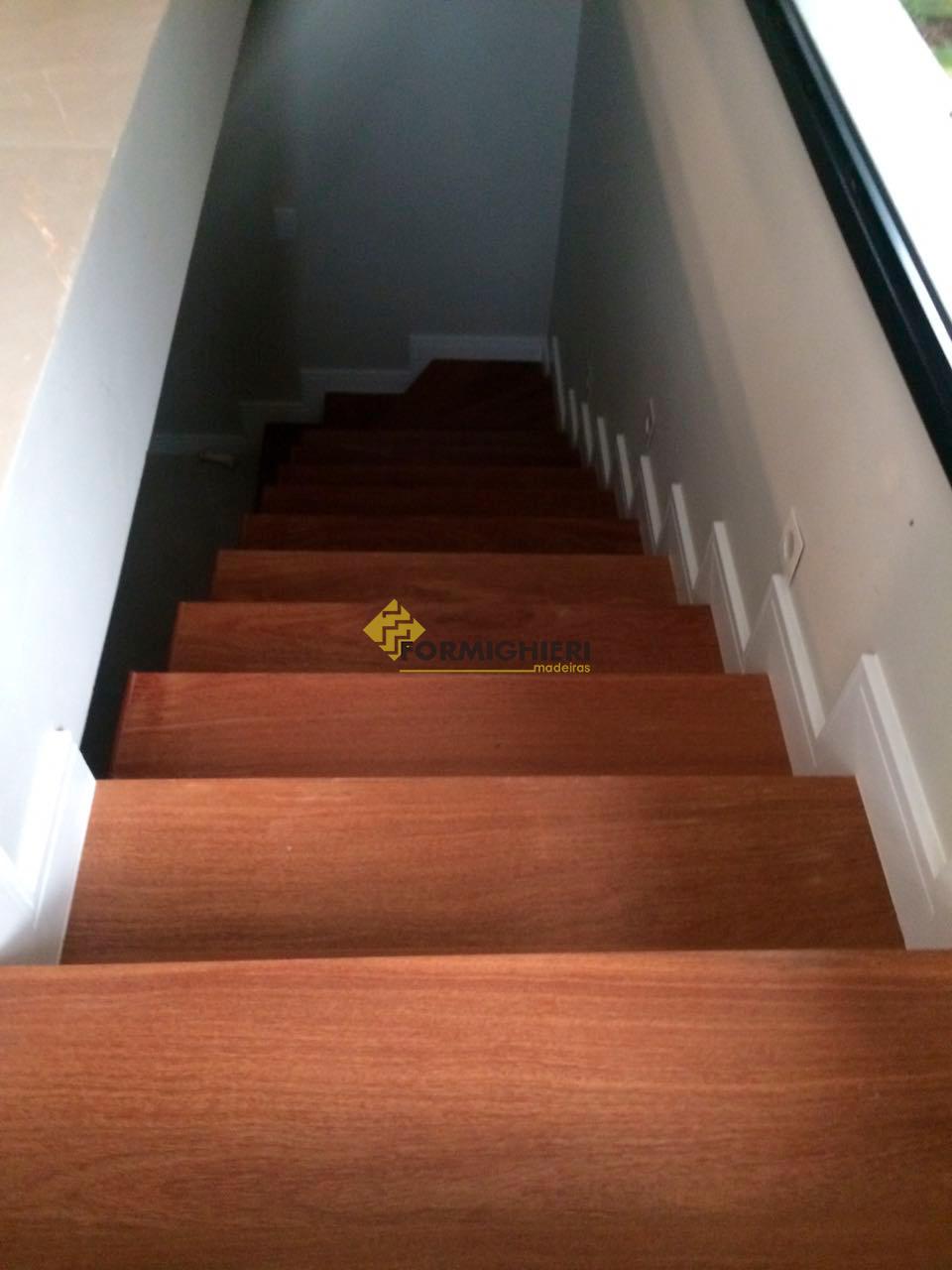 Escada Cumarú 5