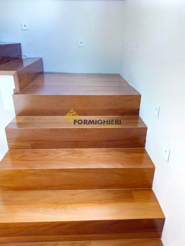 Escada Estruturado Peroba Mica 2